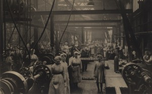 حجاب زنان اروپا در کارخانه ها